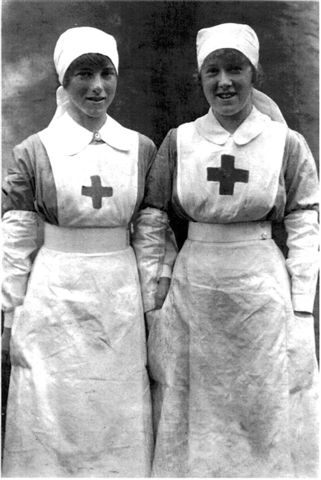 405084b43d319 90000, Volunteers. NURSING DURING THE FIRST WORLD WARNursing during the  First World War (n.d.): n. pag. Web. Oliver, Beryl (1966) The British Red  Cross in ...